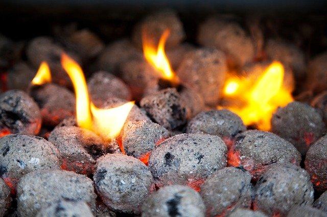 Faszén grillsütők