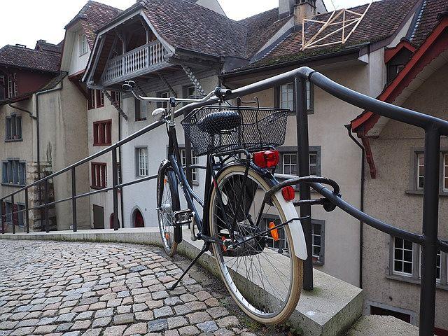 A minőségi kerékpárzár használata csökkenti a lopás kockázatát